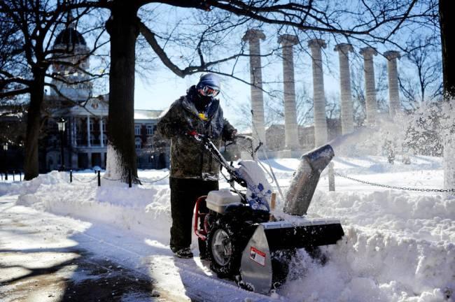 Снежная стихия в США