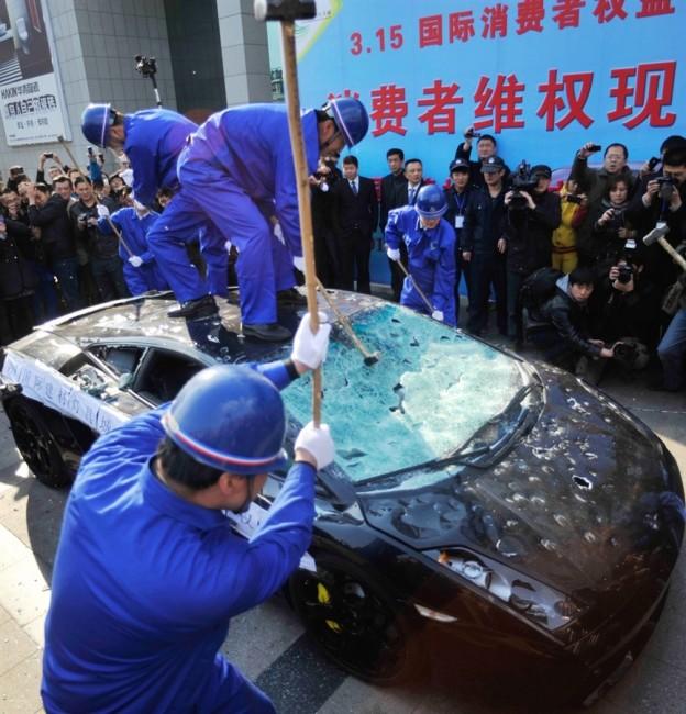 Уничтожение Lamborghini Gallardo
