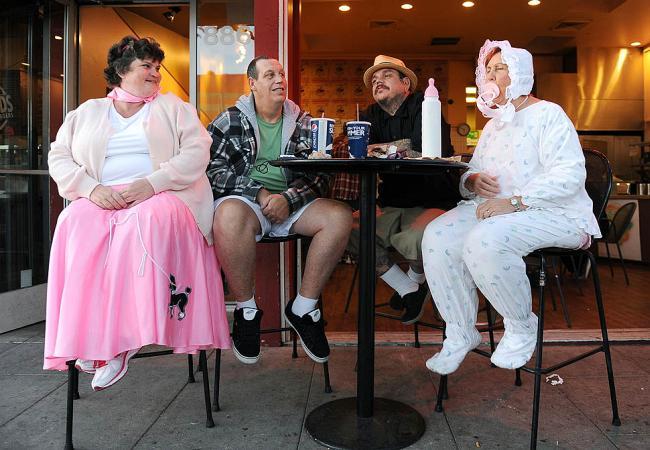 Прикольные костюмы на Хэллоуине