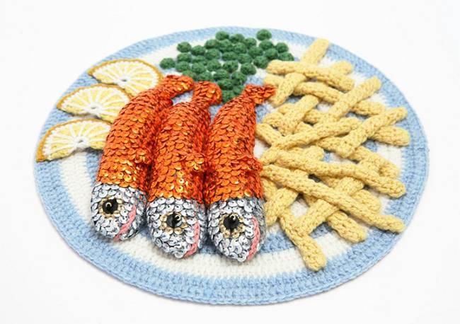 Вязанная еда